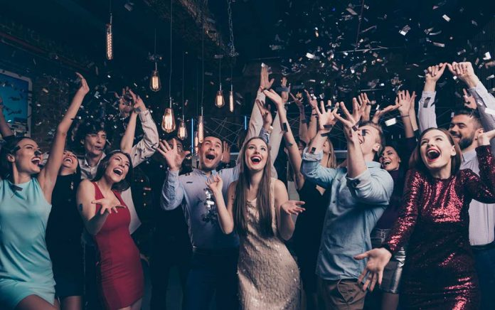 Get Paid to Party With Friends Via These Apps